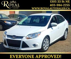 2012 Ford Focus SE INT PHONE ***PRICE REDUCED***
