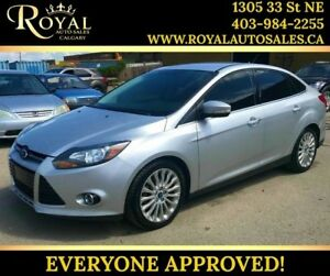 2012 Ford Focus Titanium HEATED SEATS, BLUETOOTH, LARGE SCREEN
