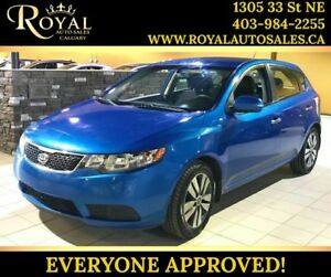 2013 Kia Forte 5-Door EX BLUETOOTH, HEATED SEATS, INT PHONE