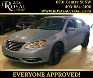 2012 Chrysler 200 Touring HEATED SEATS, POWER EVERYTHING