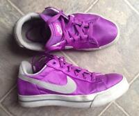 Nike Sweet Classic Textile Ladies Size 10 Fredericton New Brunswick Preview