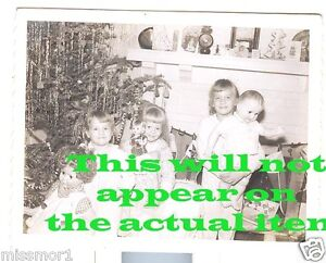 Christmas-Tree-gifts-3-girls-1950s-vintage-Photograph-Dolls