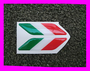 ADESIVO-STICKERS-3D-STICKER-ITALIA-X-2-PZ-FLAG-BANDIERA-TRICOLORE-VESPA-PIAGGIO
