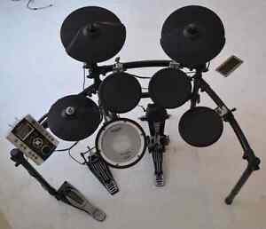 Roland TD-9 V-Drums with extras  $950