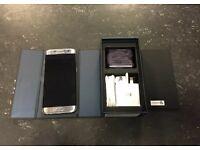 Samsung Galaxy s7 edge SILVER/BRAND NEW