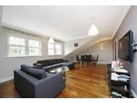 3 bedroom flat in Belsize Avenue