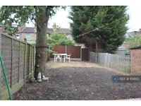5 bedroom house in Albert Road, Hendon, NW4 (5 bed)