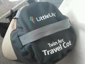 Travel cot / tent