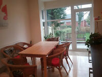 GOOD SIZE SINGLE ROOM IN STUNNING HOUSE IN EDGBASTON
