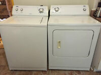 Laveuse-sécheuse à vendre- Washer and dryer to sell