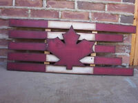 PRIMATIVE WOOD FLAG CRAFT CLASS