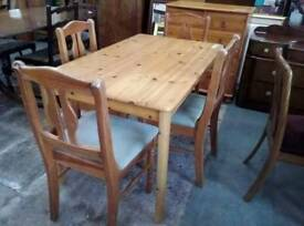 Pine Dining Table w Four Chairs