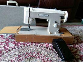 sewing machine with carry case
