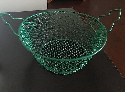 Green Holiday Decor Wire Mesh Basket with Christmas Tree Handles 8