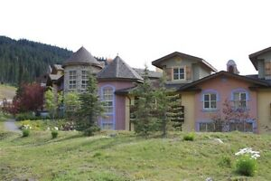 Sun Peaks Crystal Forest ,ski , mountain condo for rent