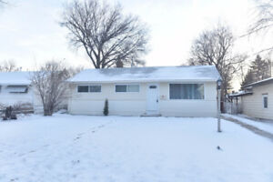 1321 Connaught Ave., Moose Jaw