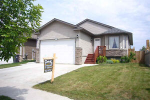 5 Bdrm / 3 Bath House For Rent in Cold Lake North