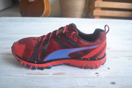 Puma Running Shoes (Size: 42.5 EUR / 8.5 UK)