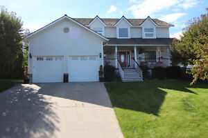 Complete Makeover on This 4 Bdrm, 3 Bthrm on Greenock Court!