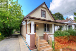 FULLY UPDATED!! PERFECT TIME FOR FIRST TIME HOME BUYER!!!
