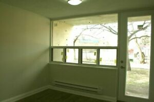 Wilson Rd. S and King Street E: 666 King St. East, 1BR