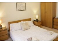 Perfect double bed now open in 10 mins to Edinburgh University