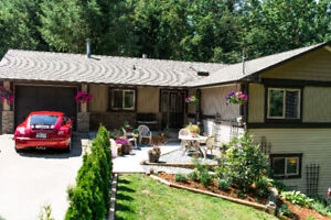 Beautiful Home with In-law Suite, Open House Sept.23,24th 12-4pm