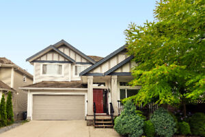 Beautiful Sullivan Heights 3 Storey Home For Sale