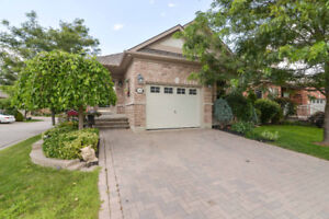 Luxury Detached Condo for Sale! Briar Hill Lifestyle
