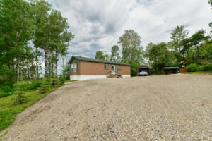 Home For Sale in Wabamun