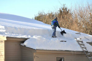 Roof shovelling snow removal