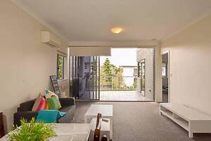 Room in spacious Annerley apartment. Share or take the whole apt. Annerley Brisbane South West Preview