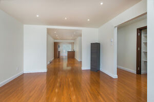 Beautiful, freshly renovated 5 1/2 and 3 1/2 available for rent