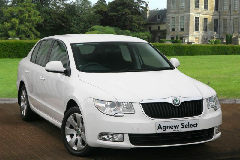 skoda superb 1 6 tdi cr s greenline 5dr white 2012 in castlereagh belfast gumtree. Black Bedroom Furniture Sets. Home Design Ideas