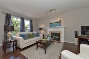 Immaculate Single detached, minutes to 401 - Available Aug 1st