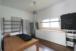 cosy cottage in Tighes Hill - Short term Tighes Hill Newcastle Area Preview