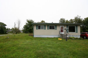 OPEN HOUSE 94 Treadwell Dr. Sunday Sept 22nd 3:00 to 4:30