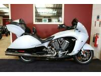 2013 VICTORY VISION TOUR ABS - CLEAN CONDITION -13,00 MILES - WITH EXTRAS