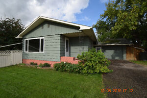 Large Renovated 5 Bedroom Bungalow