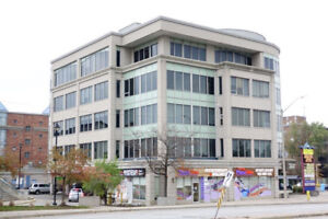 Furnished and Modern Office Room - Yonge & Clarck