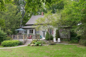 Charming, gorgeous home steps to the rail trail!