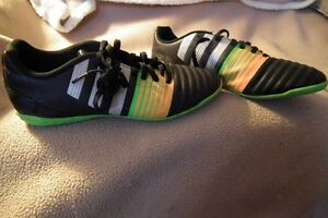 Ladies ADIDAS size 7 1/2 Turf Soccer Shoes