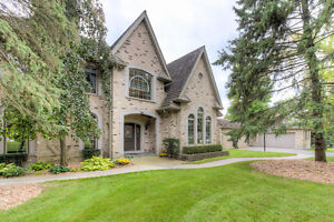 Beautiful and Unique Estate Property in. LONDON ONT