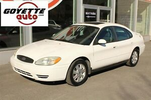 Ford Taurus 4dr Sdn SEL 2005