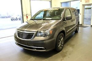 2015 Chrysler Town & Country  CUIR *GPS*DVD S