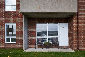 Absolutely Beautiful- 2 Bdrm Condo- 5 Appliance- complete reno St. John's Newfoundland image 8