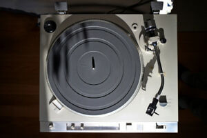 Sony PS T-25 Turntable