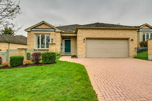 Luxury Condo In Oakridge! London Ontario image 1