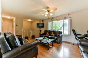 Move In And Enjoy This Elegant House!Best Deal in Surrey!