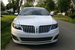 2011 Lincoln MKS Ecoboost Twin Turbo LOW KMs